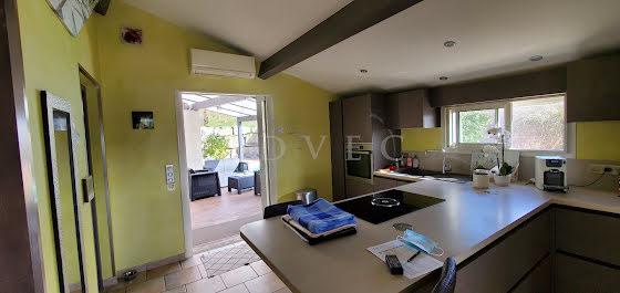 Vente propriété 14 pièces 276 m2