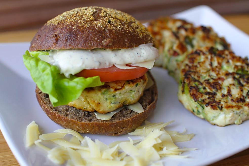 Chicken Burger - JadoreSha.com