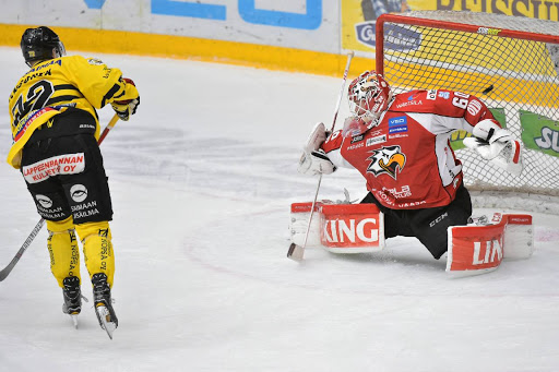 Elmeri Kaksonen fick äran att ta segern till Villmanstrand. (Foto: Samppa Toivonen)