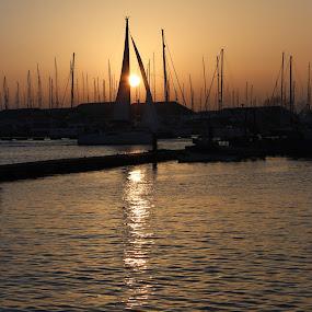 Sunset through Sail. by Simon Gilgallon - Landscapes Waterscapes ( sunset, yacht, sail, sailboat, sail boat, river )