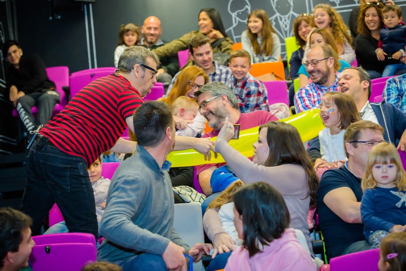 Público familiar show de magia alfonso v Torrelodones
