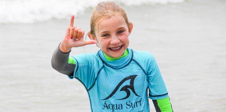 Hang Loose at AQUA SURF