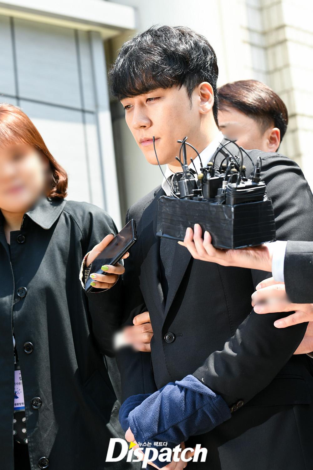 seungri handcuffed 6