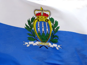 Photo: Flag of San Marino