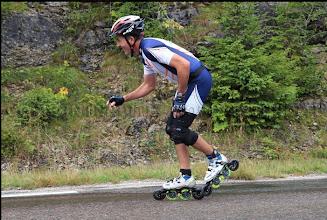 Photo: Remarquez les roues pluies devant et derrière sur chaque roller !
