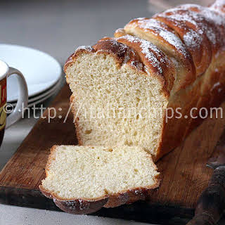 A Delicious & Comforting Sweet Bread Recipe For Breakfast.