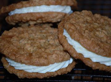 Cream Filled Oatmeal Cookies Recipe