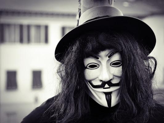 V per Vendetta di Paolo Scabbia