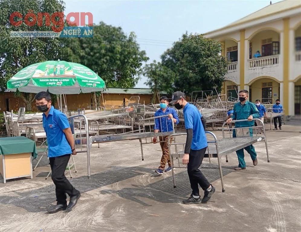 Các đội tình nguyện tham gia hỗ trợ các cơ sở cách ly tập trung