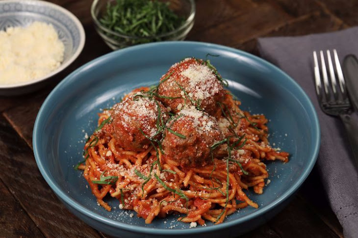 Slow Cooker Spaghetti and Meatballs Recipe