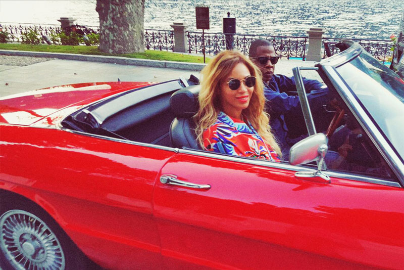 Jay-Z and Beyonce in Red Alfa Romeo
