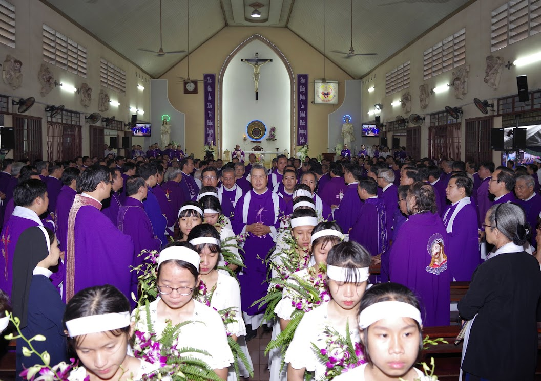 Thánh lễ an táng Cha Giuse Trần Ngọc Tâm - Chánh xứ Xuân Đức - Ảnh minh hoạ 36