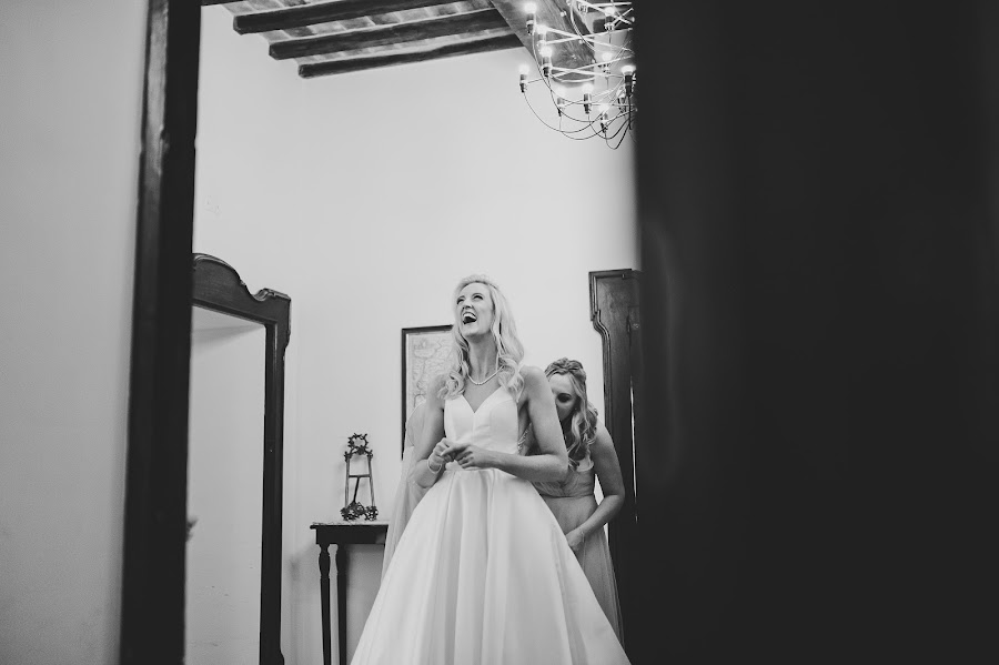Fotografo di matrimoni Tiziana Nanni (tizianananni). Foto del 14.05.2019