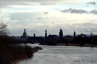 Photo: Dresden, de oude stad aan de overkant van de Elbe