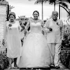 Wedding photographer Gabo Ochoa (gaboymafe). Photo of 18.10.2017