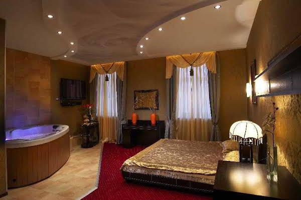 Alex Hotel on Bogatyrsky