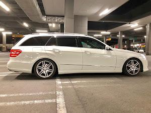Eクラス ステーションワゴン W212 のサスペンションのカスタム事例画像 また古いアメ車に乗りたい人さんの2019年01月19日20:13の投稿