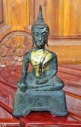 เคาะเดียว พระพุทธรูป สมัยกำแพงเพชร ปางมารวิชัยนั่ง 3ขาเนื้อสัมฤทธิ์ ครับ
