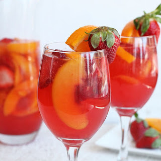 Strawberry Peach Sangria Recipe