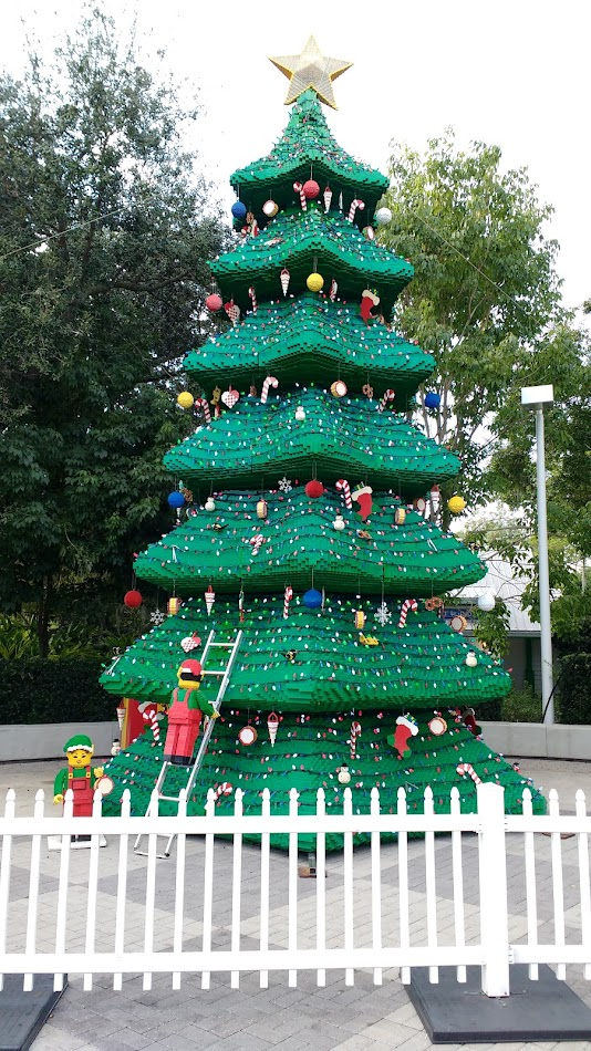 LEGOLAND Florida Christmas Tree - LEGO Christmas Tree