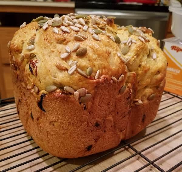 Bread Machine Crunchy Semolina Bread W/cornmeal Recipe