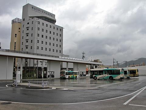 新山口駅バスターミナル_01