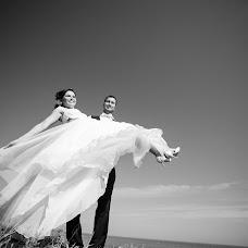 Wedding photographer Kostya Yalanzhi (Yalanzhi). Photo of 18.01.2015