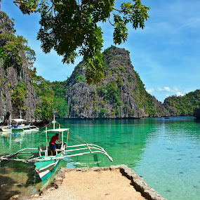 Island Tour by Mert Docdor - Landscapes Waterscapes ( nature, sea, lake, landscape, philippines, island )