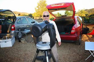 Photo: José Francisco. Anda que no disfrutó con su telescopio bajo el estupendo cielo.
