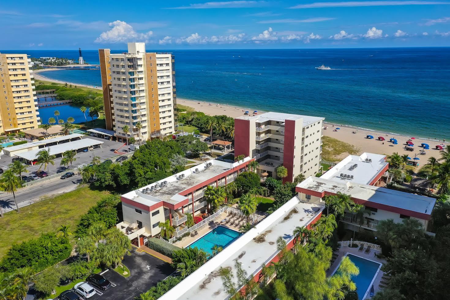 La Costa Beach Club Picture Number 4