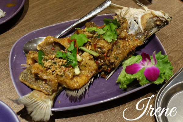 【NARA Thai Cuisine Taiwan】最佳泰國料理餐廳~食物有水準唷!(信義區美食)