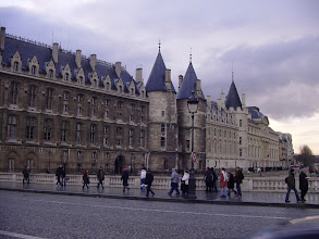 Photo: A final look back at La Conciergerie, a massive structure which has been built and rebuilt over the centuries – since the 10th, in fact.