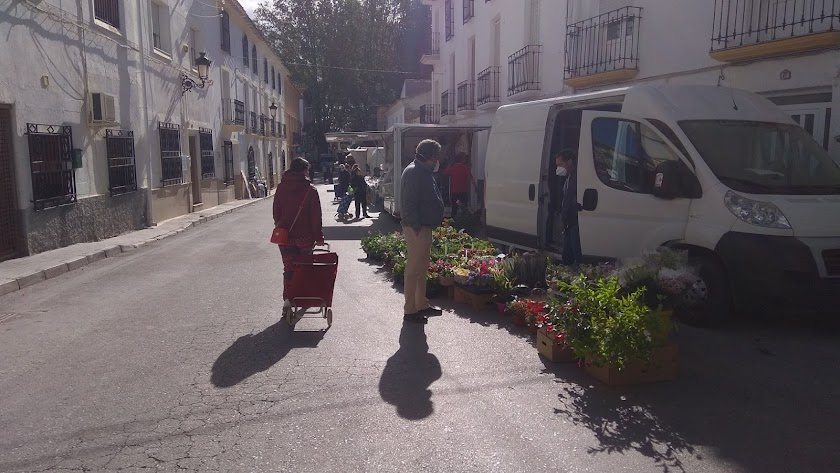 Imagen del mercado semanal de Chirivel.
