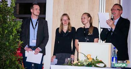Photo: DGPuK 2014 Gala-Abend in der Innsteg-Aula  Preisverleihung: Bester Tagungsbeitrag: 2. Platz: Matthias Berg (links außen)   Foto: Janertainment Janine Amberger