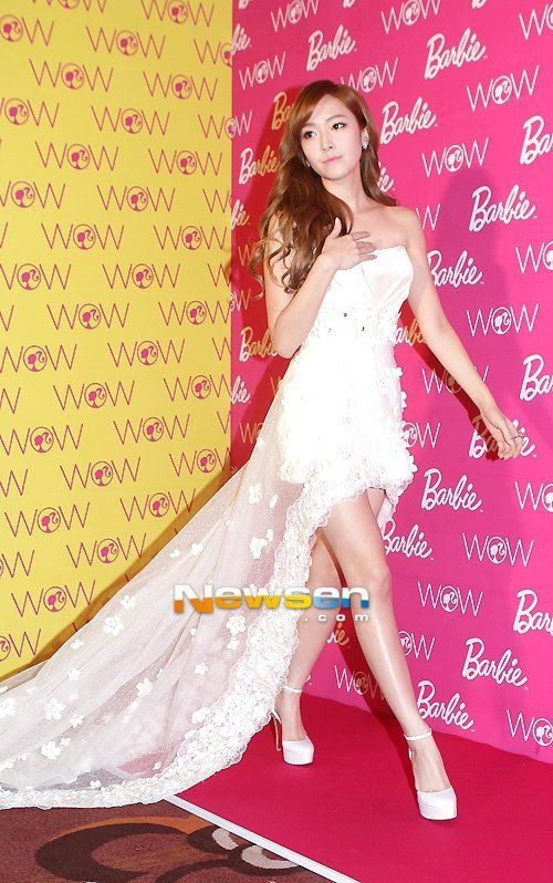 jessica gown 27