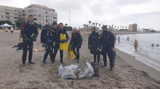 Concienciación contra la 'basuraleza' en Cadena SER Almería