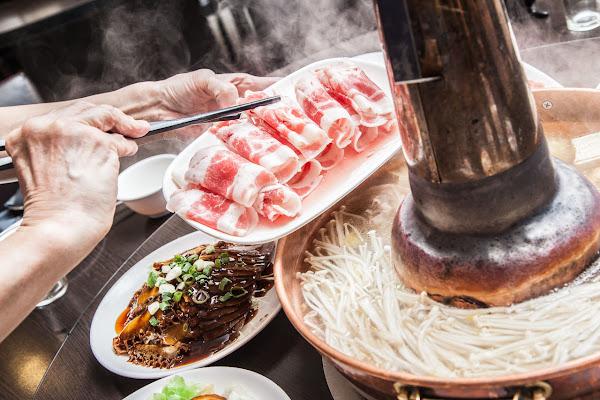老蔣的家鄉味-新店新北市人氣美食推薦 特色料理 酸菜白肉鍋 火鍋鍋物 好吃餐廳