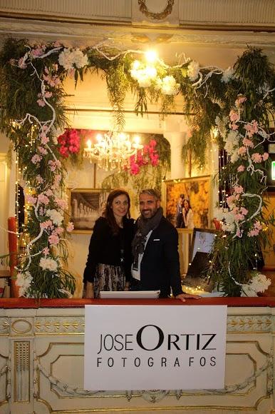 José Ortiz Fotógrafos en su stand de Bodas de Ensueño.