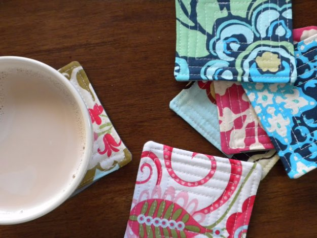 Easy Sewing Projects to Sell - DIY Quilted Coasters - DIY Sewing Ideas for Your Craft Business. Make Money with these Simple Gift Ideas, Free Patterns #sewing #crafts