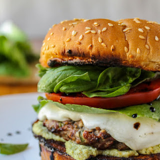 Caprese Burger with Artichoke Pesto Sauce