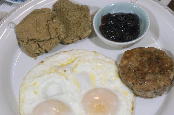 Early Morning Eats: Homemade Breakfast Sausage Recipe