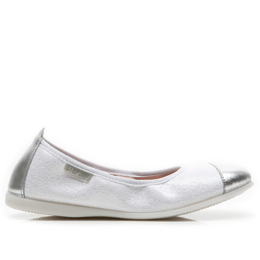 Thumbnail images of Step2wo Sabrina - Slip On