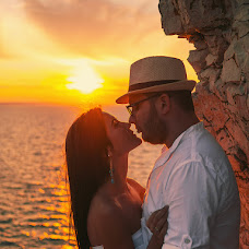 Wedding photographer Maksim Petrov (spitfire). Photo of 03.08.2015