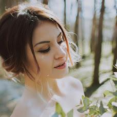 Wedding photographer Kseniya Mischuk (iamksenny). Photo of 10.04.2018