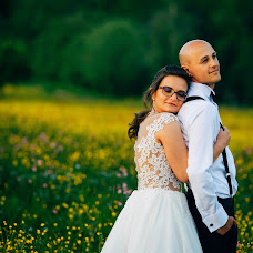 Wedding photographer Szabolcs Kusztura (ArtKusztura). Photo of 11.07.2017