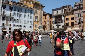 Photo: comizi volanti informativi, slogans e volantinaggio durante il corteo