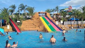 Parque de ocio y atracciones - Thermas Pacu Acqua Park