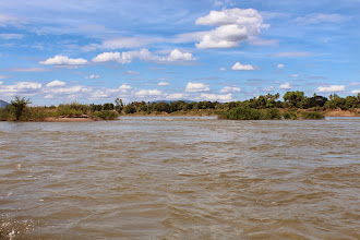 Photo: Laos Reisen, Flußlandschaft
