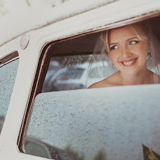 Wedding photographer Aleksey Semenov (lelikenig). Photo of 13.12.2012