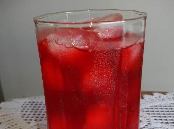 Sugar Free Strawberry Iced Tea